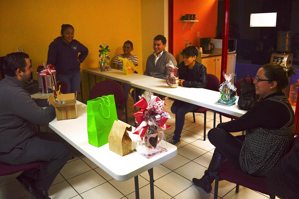 Intercambio navideño en la oficina