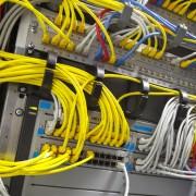 Cableado de servidores para mejorar el servicio a Sitios Web